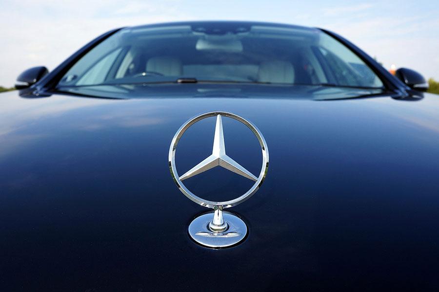 德國寶馬公司近日宣佈,將在全球範圍內召回超過一百萬汽車。圖為寶馬標誌。(Pixabay)