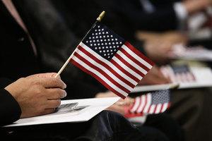 美政府擬暫停審批難民家屬美簽