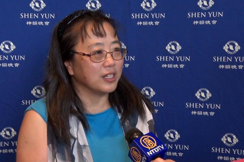 黃慈萍多次用「非常震撼」形容自己的感受。(新唐人電視台)