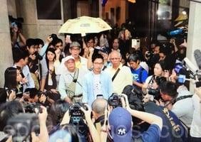 黃之鋒、羅冠聰獲准保釋 法院下月處理上訴申請許可