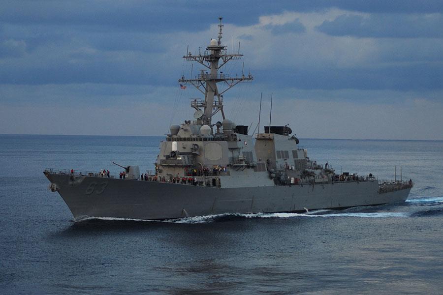 圖為美國海軍「斯特西姆」號參加10月24日美日韓三國進行的導彈預警演習。(Andrew Ryan Smith/U.S. Navy)