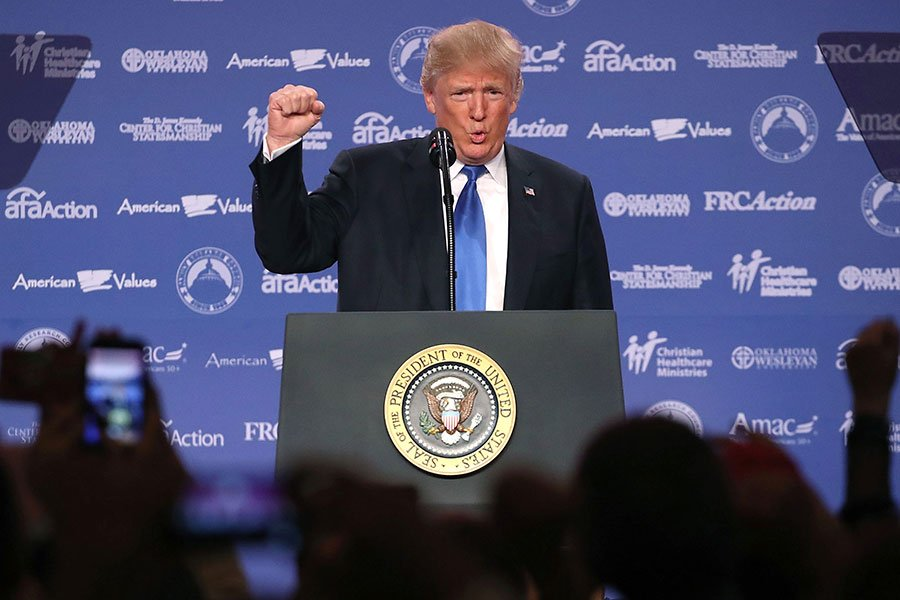 《紐約時報》引述美國官員的爆料說,在私下交談中,特朗普就兩國之間的長期貿易失衡問題與習近平進行了強有力的較量。圖為資料圖片。(Mark Wilson/Getty Images)