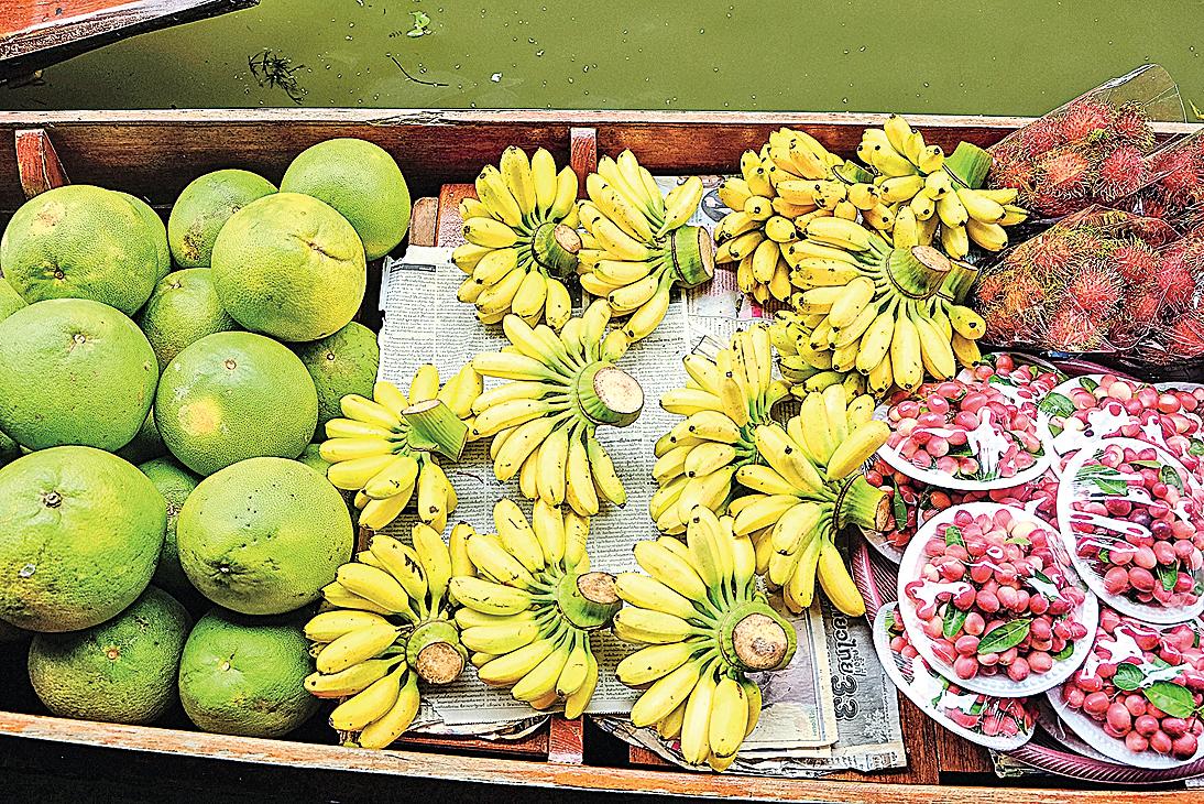各種各樣的水果是泰國特產。