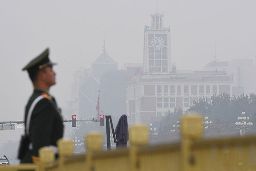 「十九大」後江派只剩1席,顯示這5年間,中共內部權力更迭出現重大變化。(GREG BAKER/AFP/Getty Images)