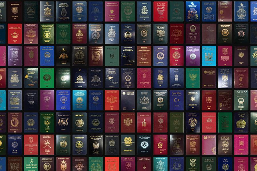 周曉輝:有多少西方人願把護照換成中國的?