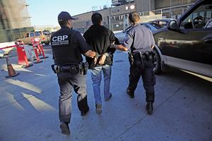 美非法跨境人數降四十五年低點