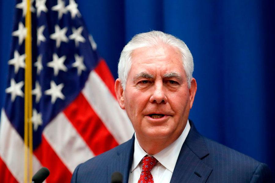 美國國務卿蒂勒森(Rex Tillerson)25日表示,華盛頓認為阿薩德在敘利亞政府中沒有任何前途,他表示「阿薩德家族的統治即將結束」。(ALEX BRANDON/AFP/Getty Images)
