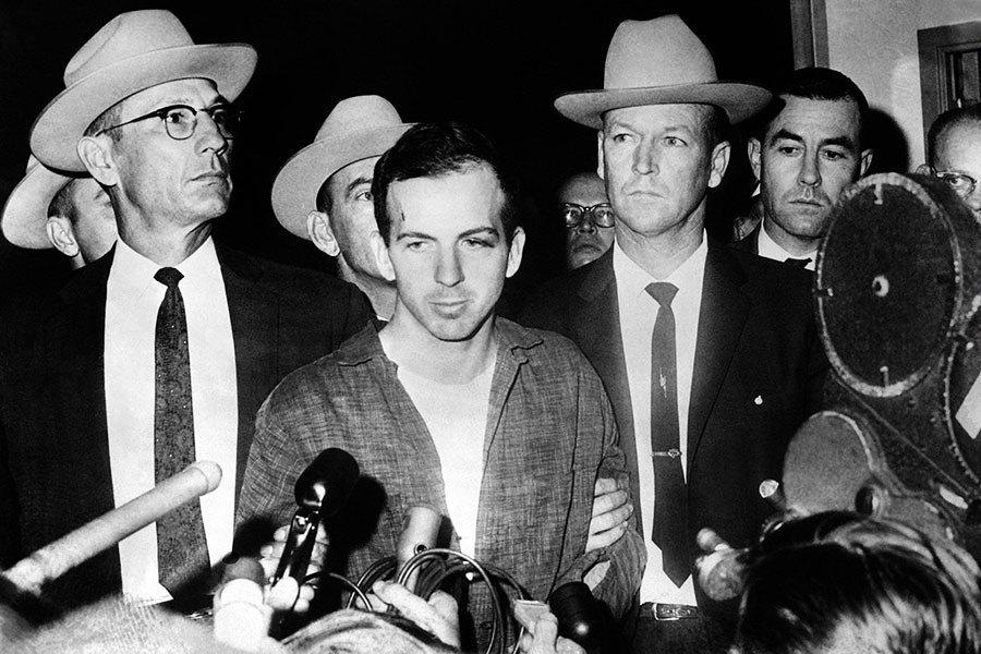 特朗普下令公開所有甘迺迪遇刺機密文件