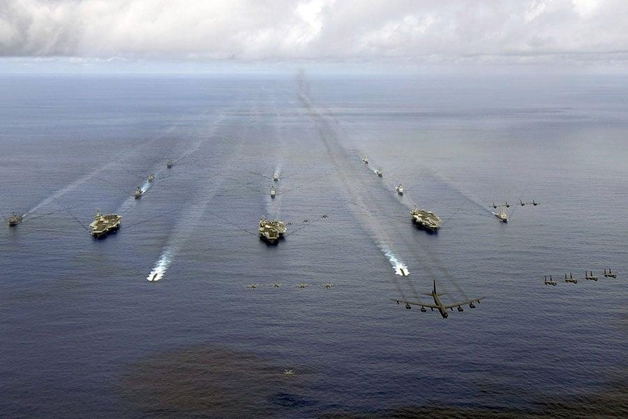 航母戰鬥群。(AFP PHOTO / US NAVY / Hana'lei Shimana)