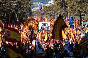 加泰百萬民眾舉行大遊行 支持統一