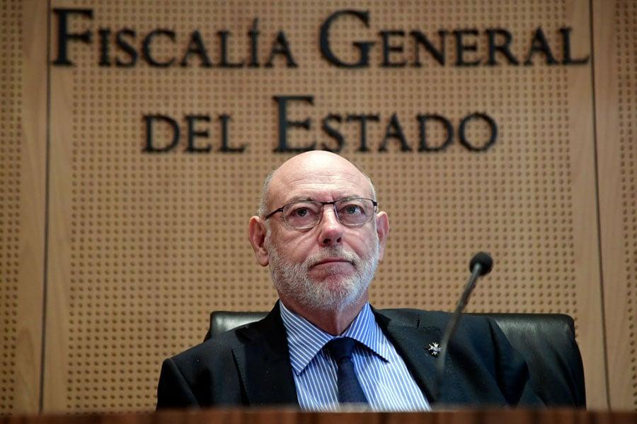 10月30日,西班牙總檢察長Jose Manuel Maza在馬德里舉行新聞發佈會說,將指控被解職的加泰羅尼亞領導人 「煽動叛亂、貪污資金和濫用權力」。(JAVIER SORIANO/AFP/Getty Images)