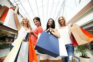 美九月消費者支出增幅達八年來最高