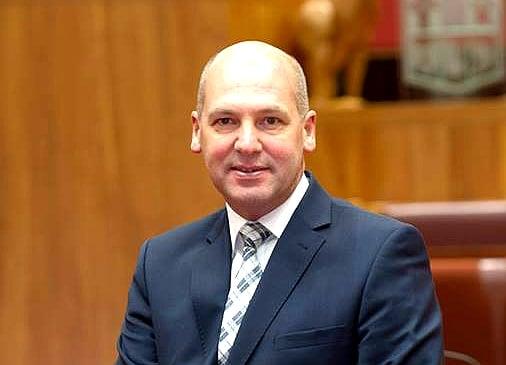 雙國籍身份被確認 澳洲參議院議長宣佈辭職
