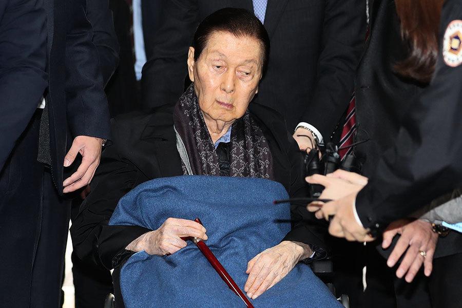 韓檢方對95歲樂天創辦人求刑10年 罰款3千億韓元