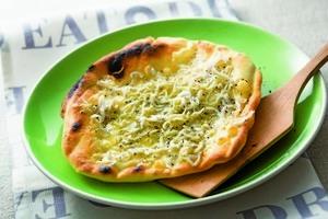 【創意料理】 白飯魚披薩