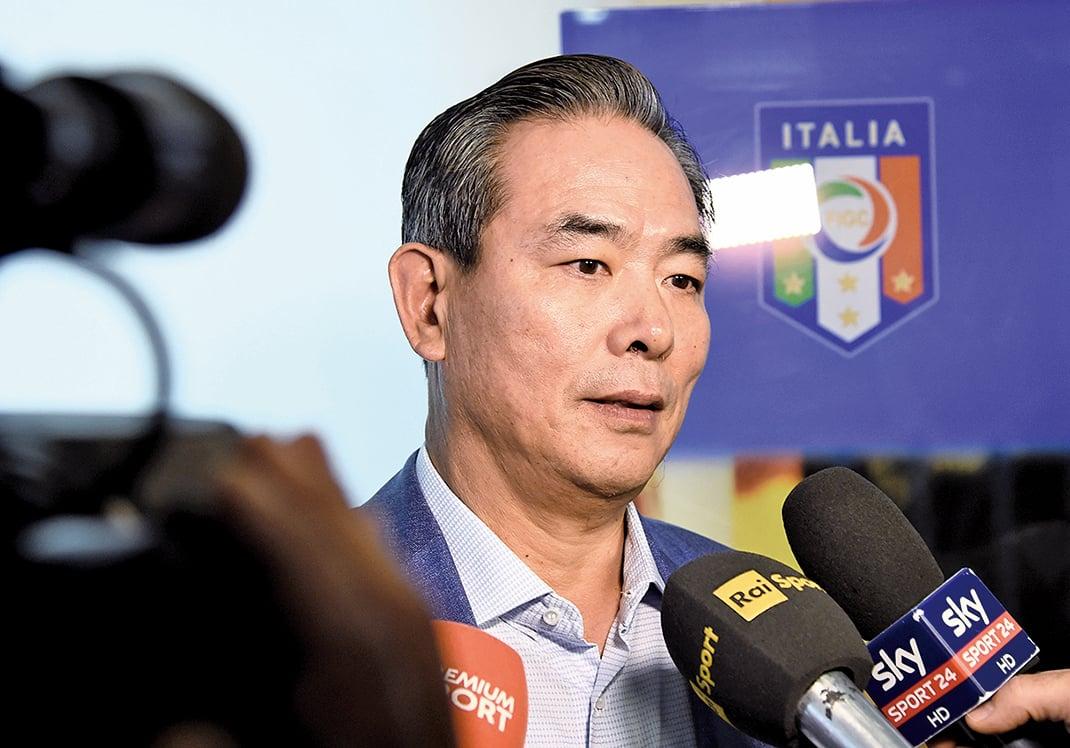 █2016年6月4日,中國足協主席蔡振華到訪意大利佛羅倫斯。(Getty Images)