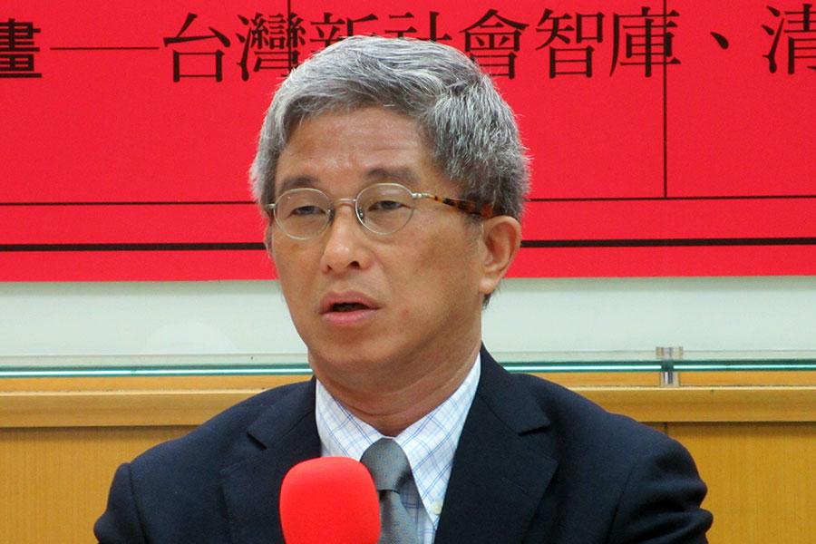 台灣民主基金會執行長徐斯儉表示,中共透過大數據控制人民,這是電子極權主義的產生。(維基百科)