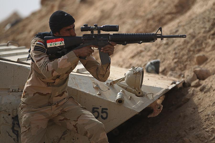 伊拉克聯合行動指揮部表示,唯一需要奪取的IS據點是幼發拉底河對岸的一個小村莊拉瓦。(AHMAD AL-RUBAYE/AFP/Getty Images)