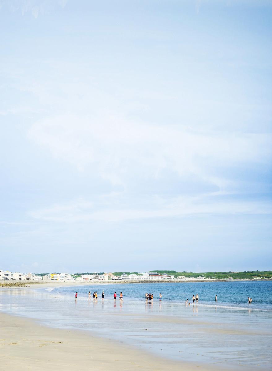 嵵裡沙灘。(網絡圖片)
