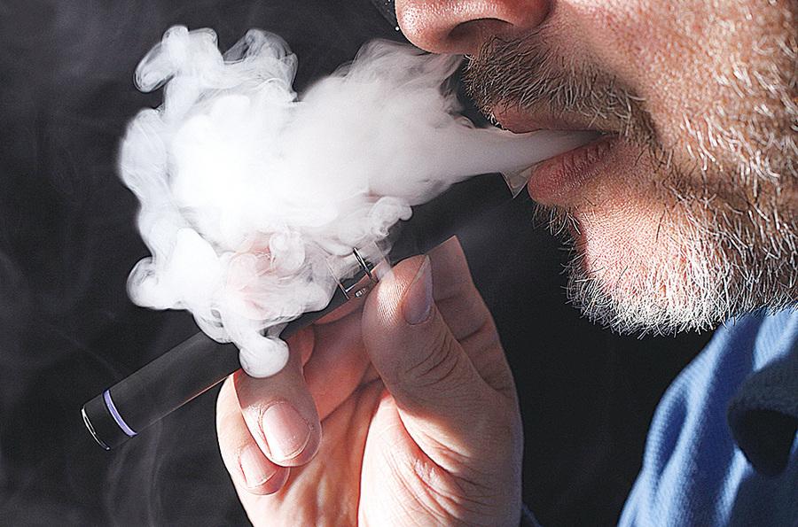 發現抽電子煙和香煙一樣有害