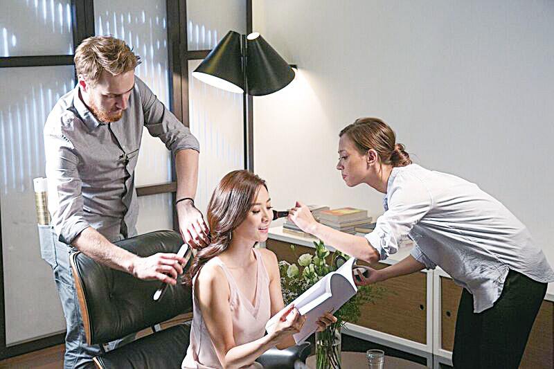 陳法拉與該品牌的專業團隊合作拍攝廣告,過程難忘且獲益良多。(RSVP公司提供)