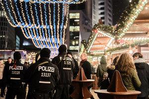設置水泥墩路障 柏林警察加強聖誕市場保安