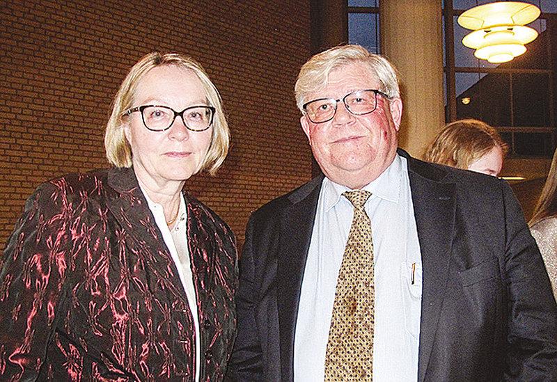 丹麥陸軍指揮官、國防部顧問Henrik Westen-Jensen先生和太太Helen。(麥蕾/大紀元)