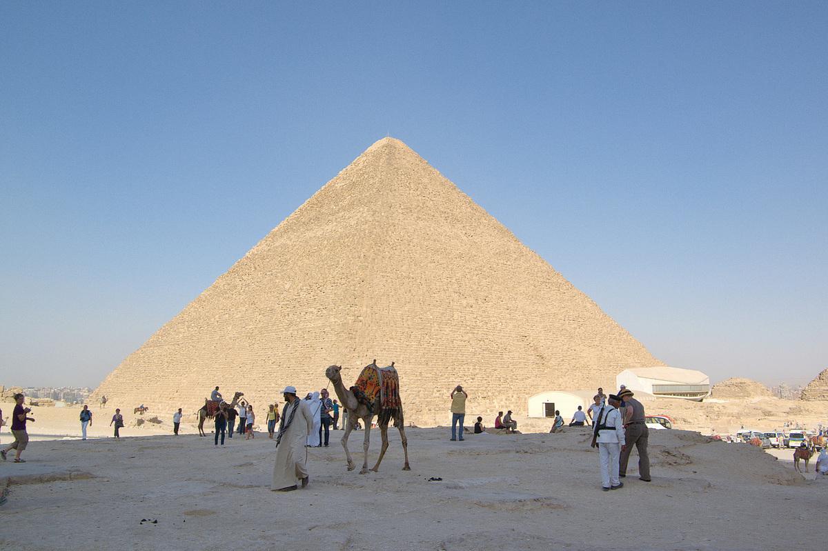 胡夫金字塔。(維基百科)