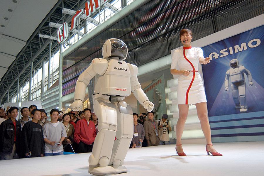 除了鋼鐵和鋁製品等傳統紛爭外,華府官員和跨國公司們越來越擔憂一個新的問題:中共在通過一系列交易攫取美國的高科技。(China Photos/Getty Images)