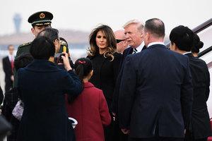 特朗普搭乘「空軍一號」抵達北京
