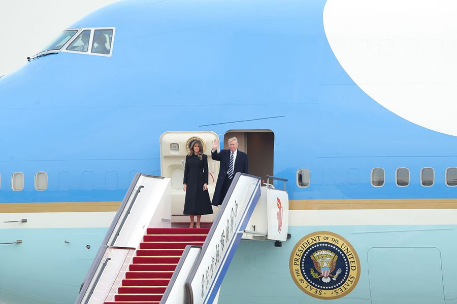 11月8日,美國總統特朗普夫婦到達北京。(Lintao Zhang/Getty Images)