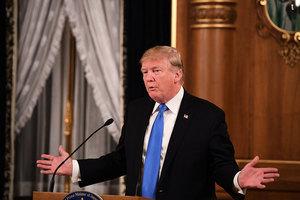 特朗普爆料:去年在紐約首會安倍前原想婉拒