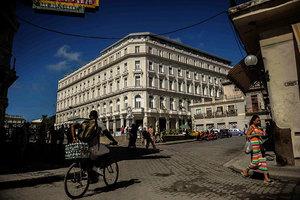 特朗普政府加強制裁古巴 禁公民單獨旅遊