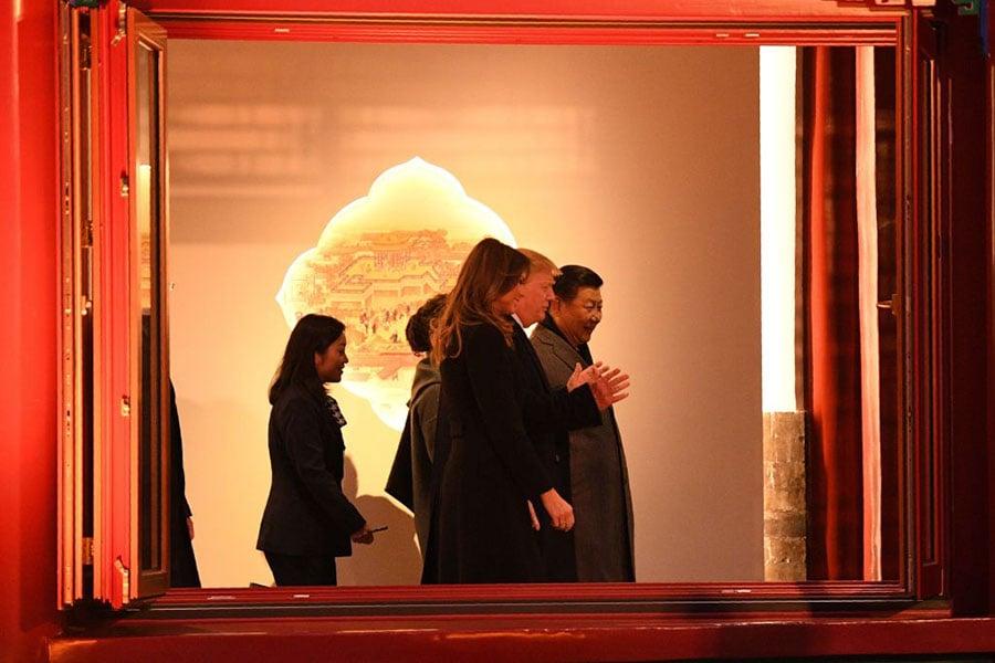 特朗普夫婦和習近平夫婦在紫禁城。(JIM WATSON/AFP/Getty Images)