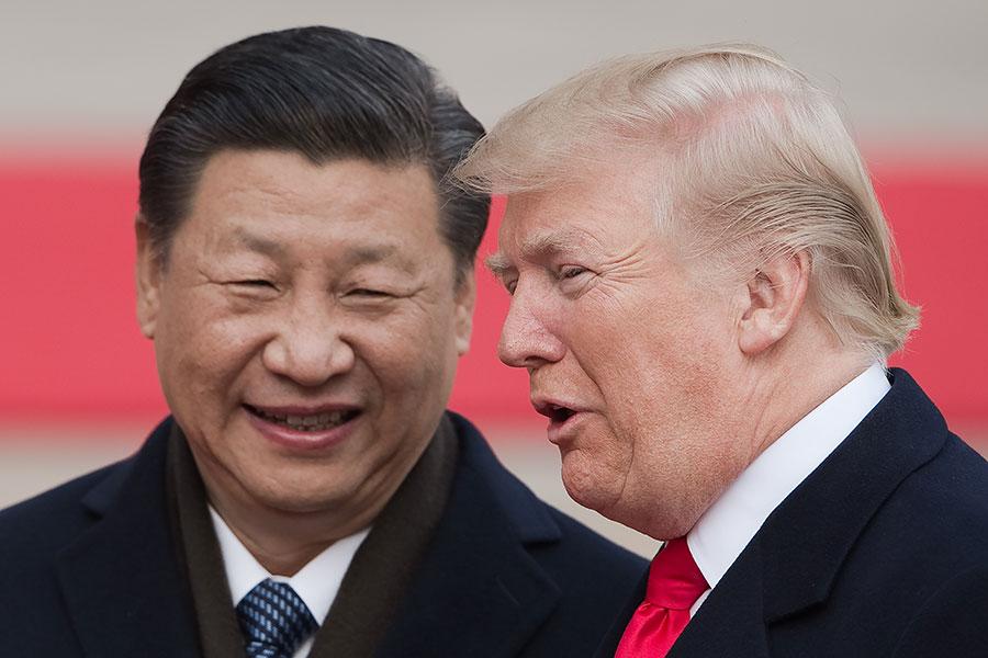 特朗普訪問中國大陸期間,和習近平達成共識,繼續發揮元首外交對兩國關係的戰略引領作用,拓展經貿、兩軍、執法、人文等領域交流合作。圖為9日特朗普與習近平會談。(NICOLAS ASFOURI/AFP/Getty Images)