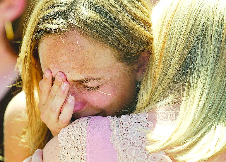當人們承受精神痛苦,可能經歷的「心碎」情緒確實會造成心臟及身體出狀況,甚至導致死亡。(Getty Images)