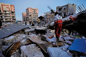 兩伊邊界7.3級強震335死4,000傷