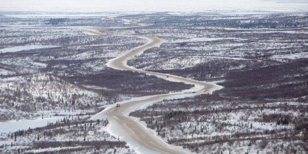 加拿大首條通往北冰洋的高速路,將於2017年11月15日正式開通。(CP)