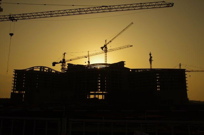調查報告顯示,大陸有107家房企淨負債率超過100%,有接近50家淨負債率超過150%,16家房企淨負債率甚至超過300%。(大紀元資料室)