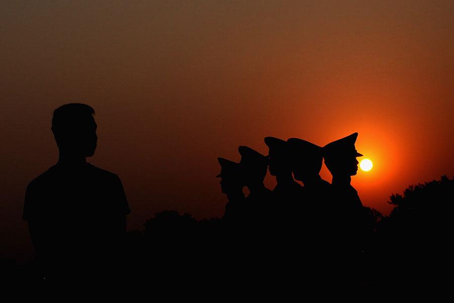 4月10日至12日,僅廣東、遼寧二省合計至少5個通報讓5名官員落馬。圖廣東省地質局副局長黃偉聞。(Feng Li/Getty Images)
