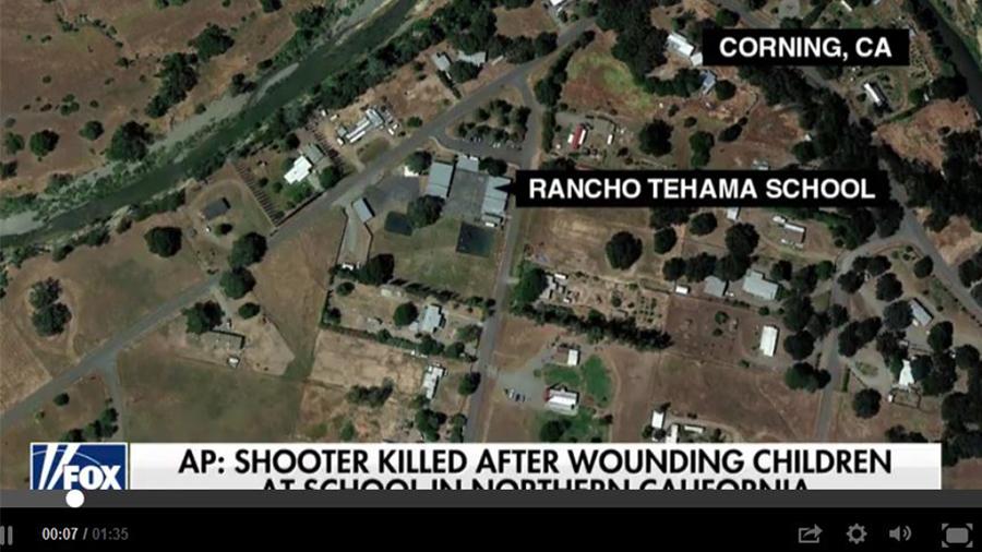 當地時間周二上午,一名槍手在北加州多個地點開槍射擊,其中包括一所小學外面,事件造成五人死亡、多名學童受傷。(視像擷圖)