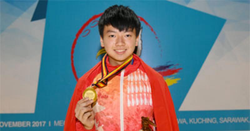 謝晉軒(圖)今日再下一城,在男子個人全能賽中再奪一金,以十八局(單打/雙打/四人隊制)總分3949分奪得金牌。(Asian Bowling Federation)
