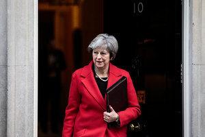兩部長辭職 議員逼宮 英首相年底下台?