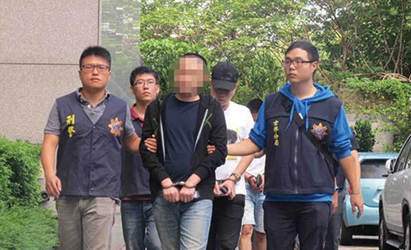 台灣刑事局11月16日表示,逮到四海幫海強堂成員洪錦華年初曾動員30多人,參與中華統一促進黨抗議年初香港議員來台活動。(刑事警察局)