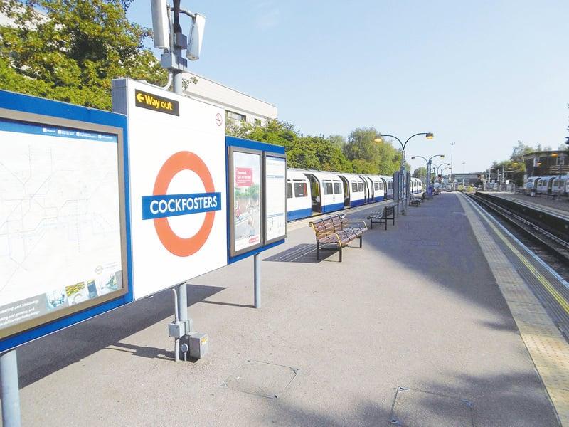 雄雞場主鎮 Cockfosters 倫敦地鐵北邊之「小城故事多」