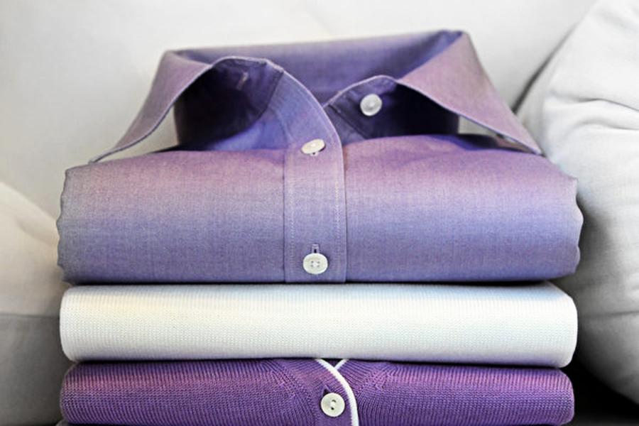 為何男性與女性襯衫的扣子縫在不同邊?