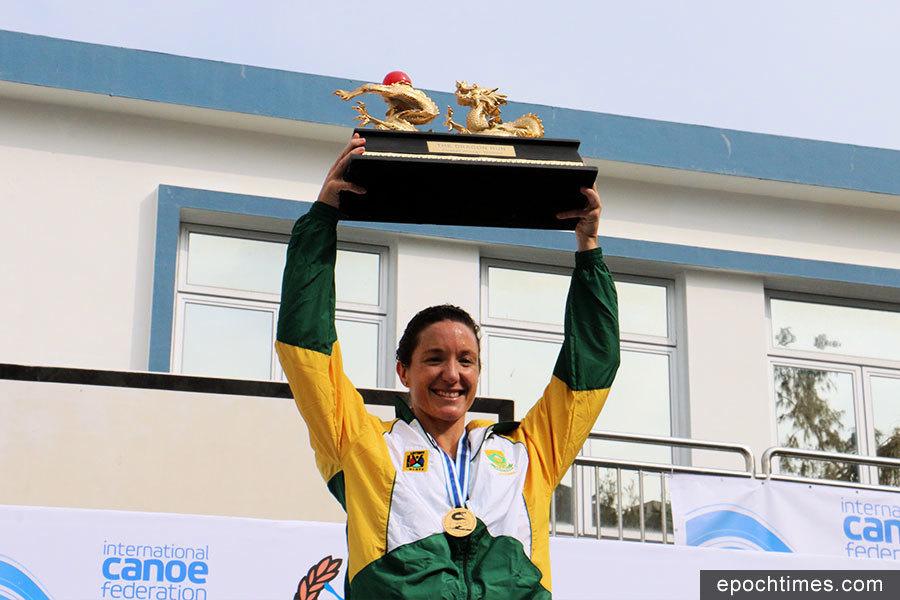 世界海洋獨木舟錦標賽首日 女子組南非選手奪冠