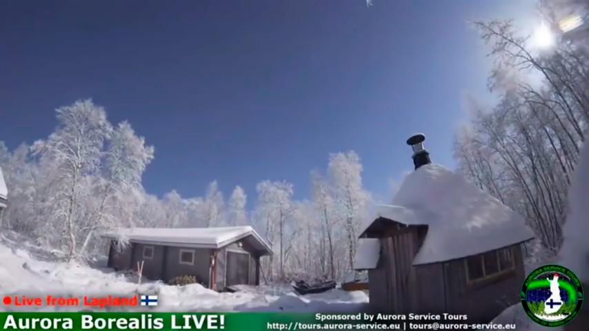 當地時間上周四(11月16日),熾熱的火球將芬蘭位於北極地區的黑暗天空照亮,亮度持續五秒鐘。(視像擷圖)