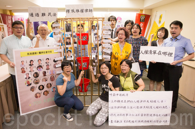 台大經濟系教授張清溪表示,最重要是讓台灣人與中國人都了解真相,一方面台灣人要了解中國與中共的不同;另一方面則促進中國人了解民主的價值。(郭曜榮/大紀元)