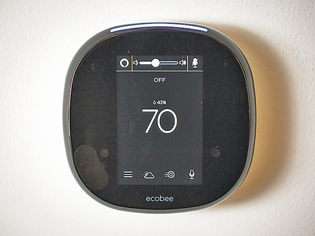Ecobee4智能溫控器內置揚聲器和麥克風,用戶可以與它交談。(Ecobee)